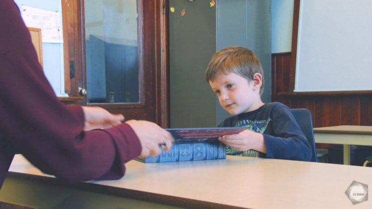 Vidéo : Distinction de l'apparence et de la réalité par un enfant de 5 ans