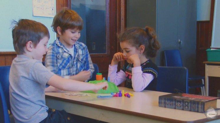 Vidéo : Jeu à règles à 5 ans (2)