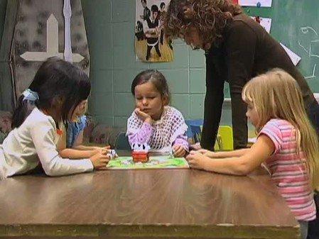 Vidéo : Jeu à règles à 5 ans (5)